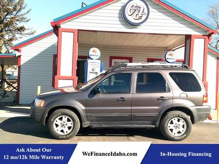 2003 Ford Escape XLT 4WD for Sale  - 8531  - Country Auto