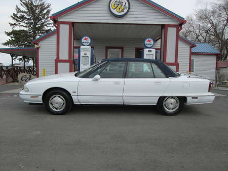 1995 Oldsmobile 98 Regency Elite Series - for Sale  - 8048  - Country Auto