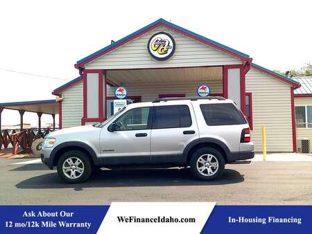 2006 Ford Explorer XLT 4WD for Sale  - 9110  - Country Auto