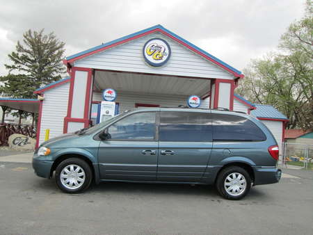 2006 Chrysler Town & Country Touring for Sale  - 8119R  - Country Auto