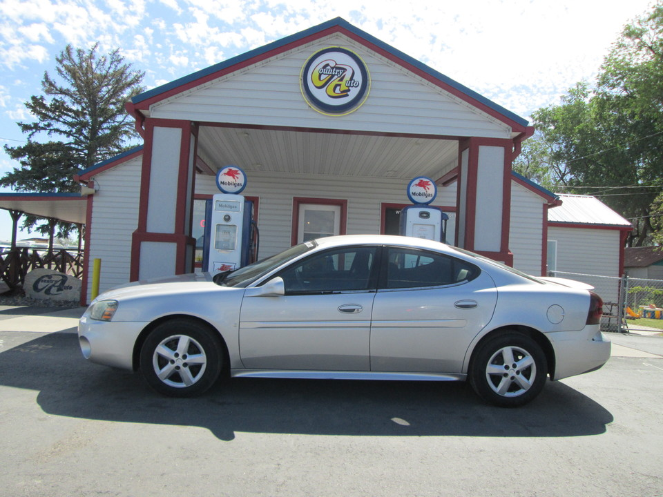2007 Pontiac Grand Prix  - Country Auto