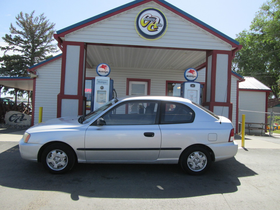 2001 Hyundai Accent  - Country Auto