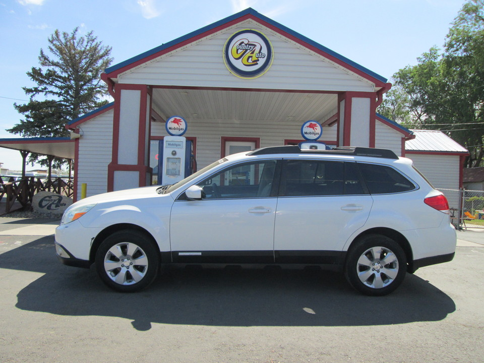 2012 Subaru Outback  - Country Auto