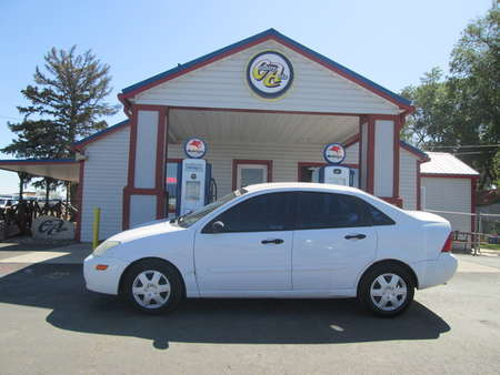 2004 Ford Focus SE for Sale  - 8235B  - Country Auto