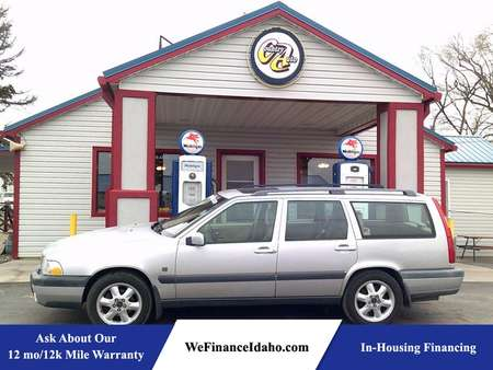 2000 Volvo V70 AWD for Sale  - 8457R  - Country Auto