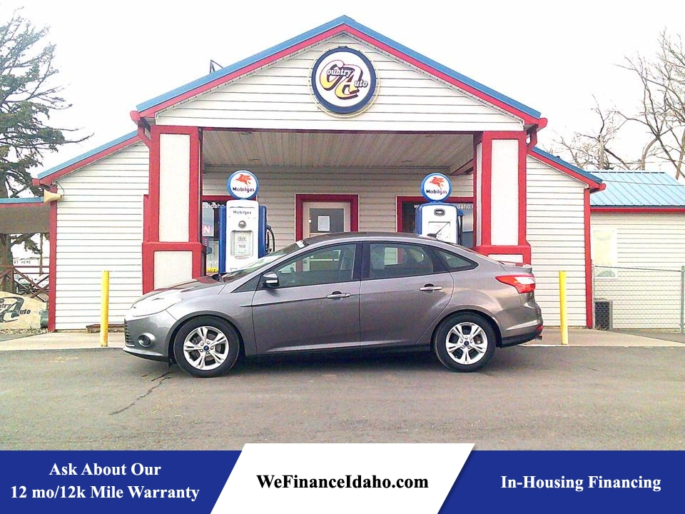 2014 Ford Focus SE  - 8785  - Country Auto