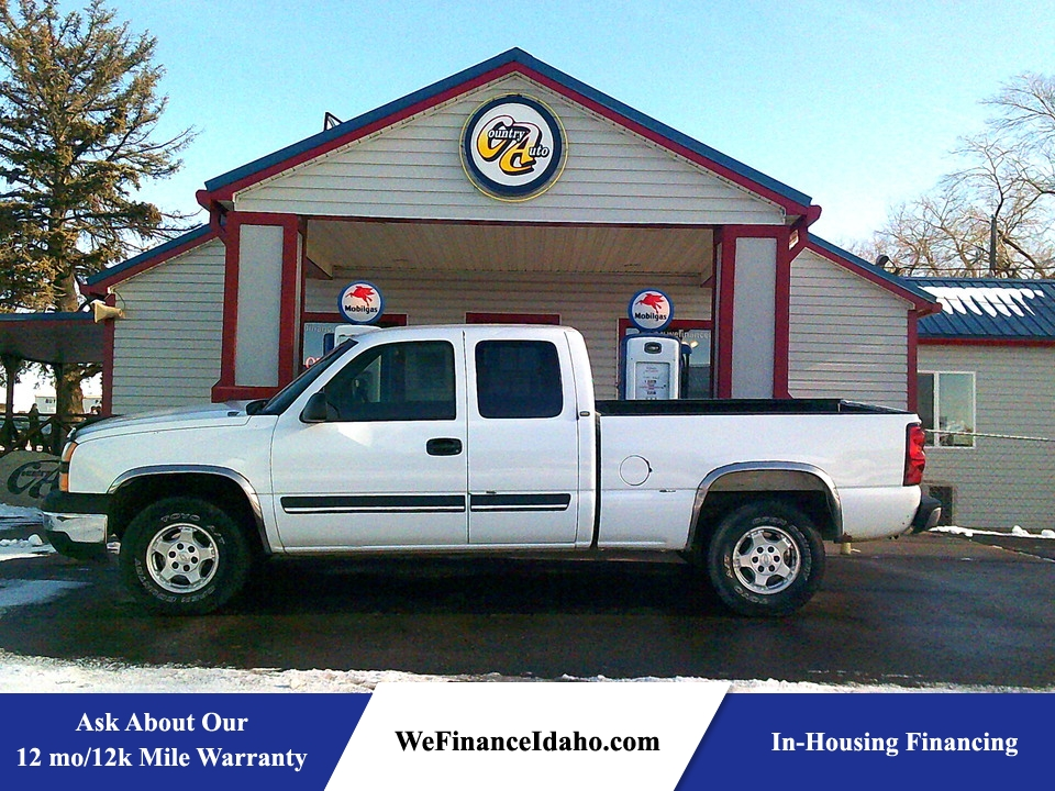 2004 Chevrolet Silverado 1500 Work Truck 4WD Extended Cab  - 8801  - Country Auto