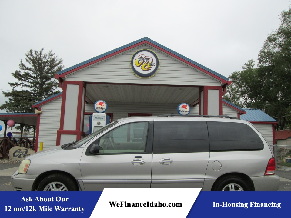2005 Ford Freestar  - Country Auto