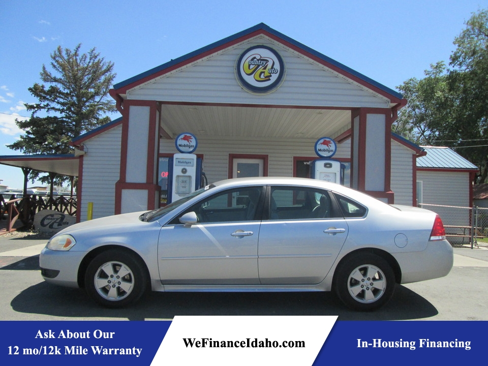 2011 Chevrolet Impala LT  - 8244  - Country Auto