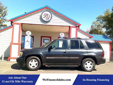 2003 Chevrolet TrailBlazer LS 4WD for Sale  - 8684  - Country Auto