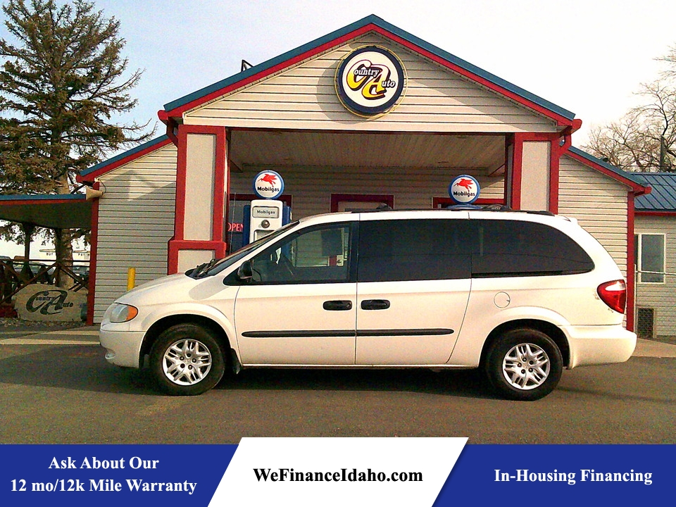 2004 Dodge Grand Caravan SE  - 8838  - Country Auto