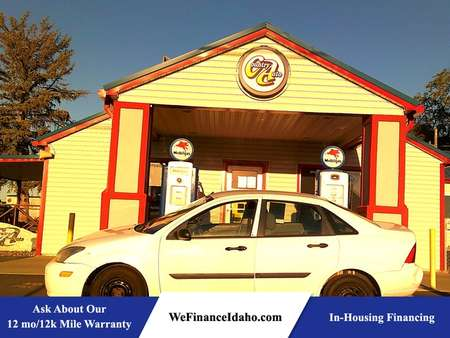 2004 Ford Focus LX for Sale  - 8715  - Country Auto