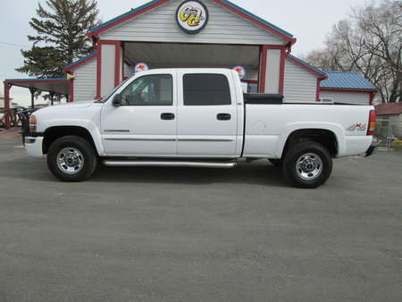 2003 GMC Sierra 2500HD SLE 4WD Crew Cab for Sale  - 8046  - Country Auto