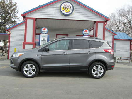 2013 Ford Escape SE 4WD for Sale  - 8066  - Country Auto