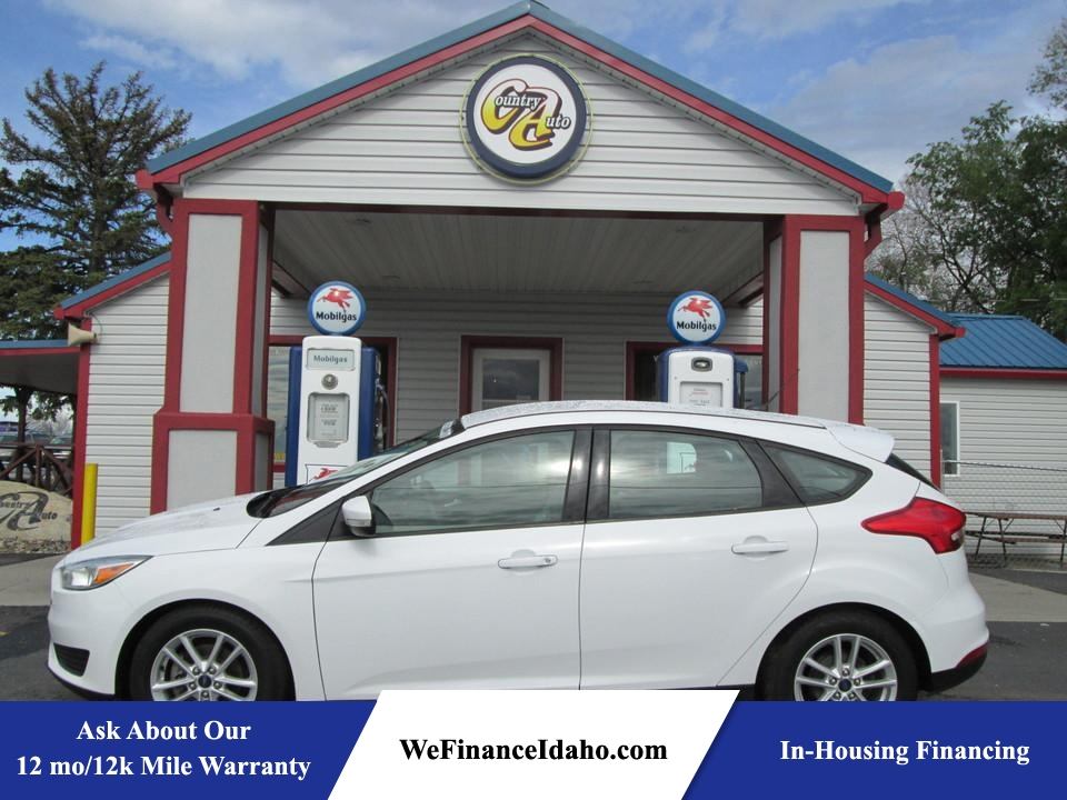 2015 Ford Focus SE  - 8147B  - Country Auto