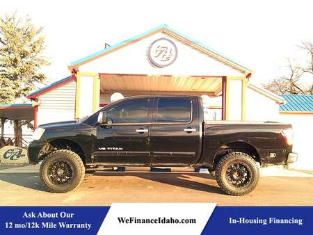 2005 Nissan Titan LE 4WD Crew Cab for Sale  - 8636  - Country Auto