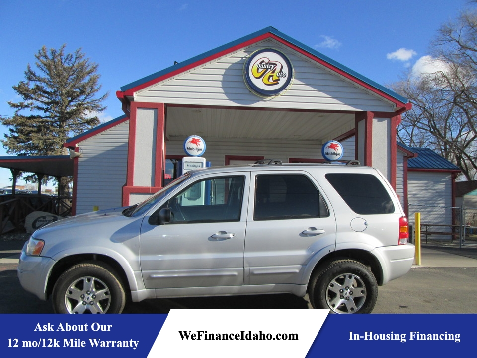 2004 Ford Escape Limited 4WD  - 8448  - Country Auto