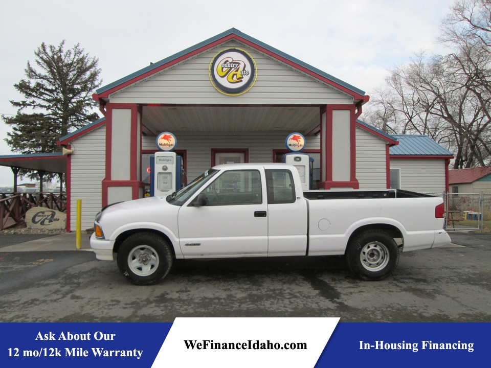 1995 Chevrolet S10 LS Extended Cab  - 8283  - Country Auto