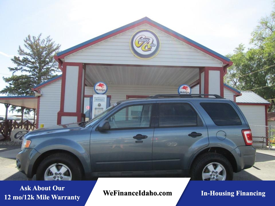 2010 Ford Escape XLT 4WD  - 8149  - Country Auto