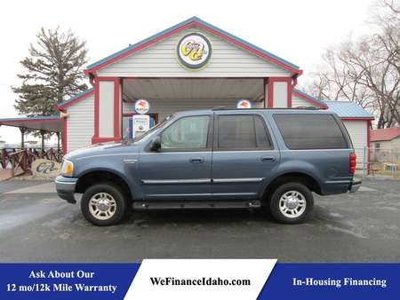 2001 Ford Expedition XLT 4WD for Sale  - 8178  - Country Auto