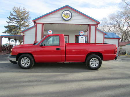 2006 Chevrolet Silverado 1500 Work Truck 2WD Regular Cab for Sale  - 7936  - Country Auto
