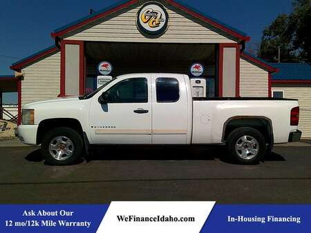2008 Chevrolet Silverado 1500 LT w/1LT 4WD Extended Cab for Sale  - 9034  - Country Auto