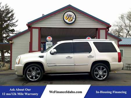 2007 Cadillac Escalade AWD for Sale  - 8426  - Country Auto