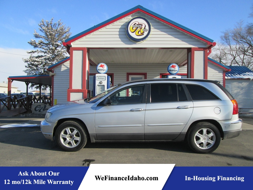 2005 Chrysler Pacifica  - Country Auto