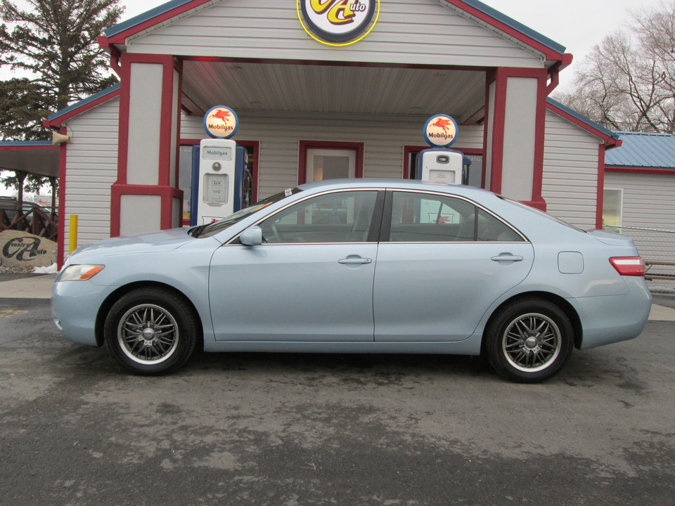 2009 Toyota Camry  - Country Auto