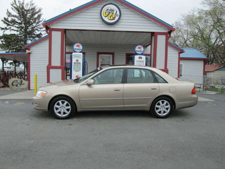 2001 Toyota Avalon  for Sale  - 8104R  - Country Auto