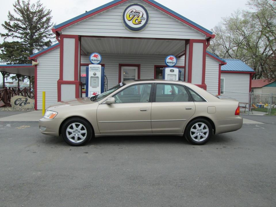 2001 Toyota Avalon  - Country Auto