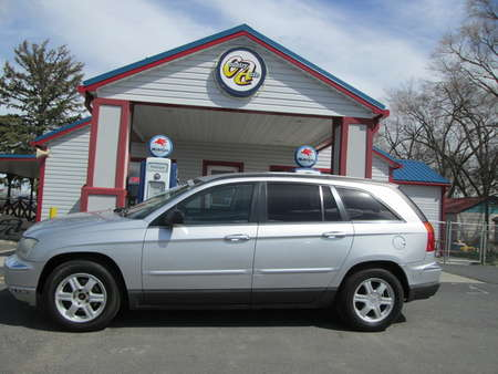2005 Chrysler Pacifica Touring AWD for Sale  - 8073  - Country Auto