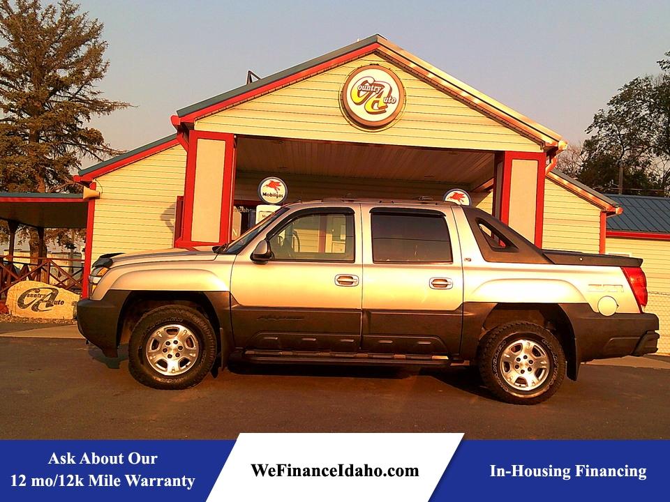 2005 Chevrolet Avalanche 4WD Crew Cab  - 8690  - Country Auto