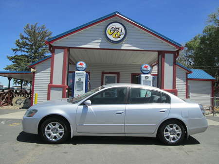 2006 Nissan Altima 2.5 S for Sale  - 8172  - Country Auto
