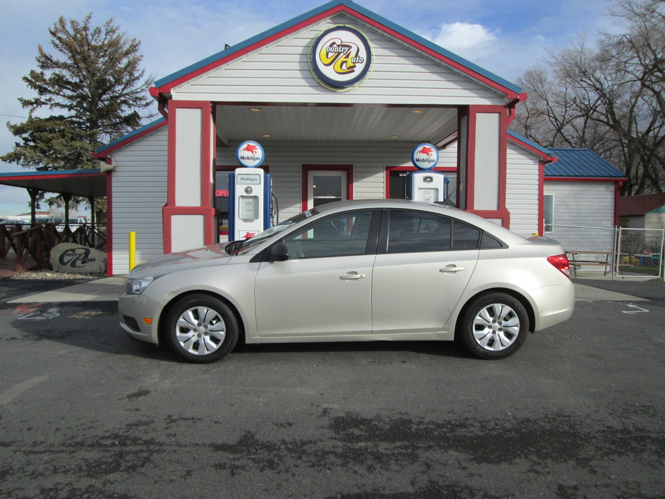 2013 Chevrolet Cruze  - Country Auto