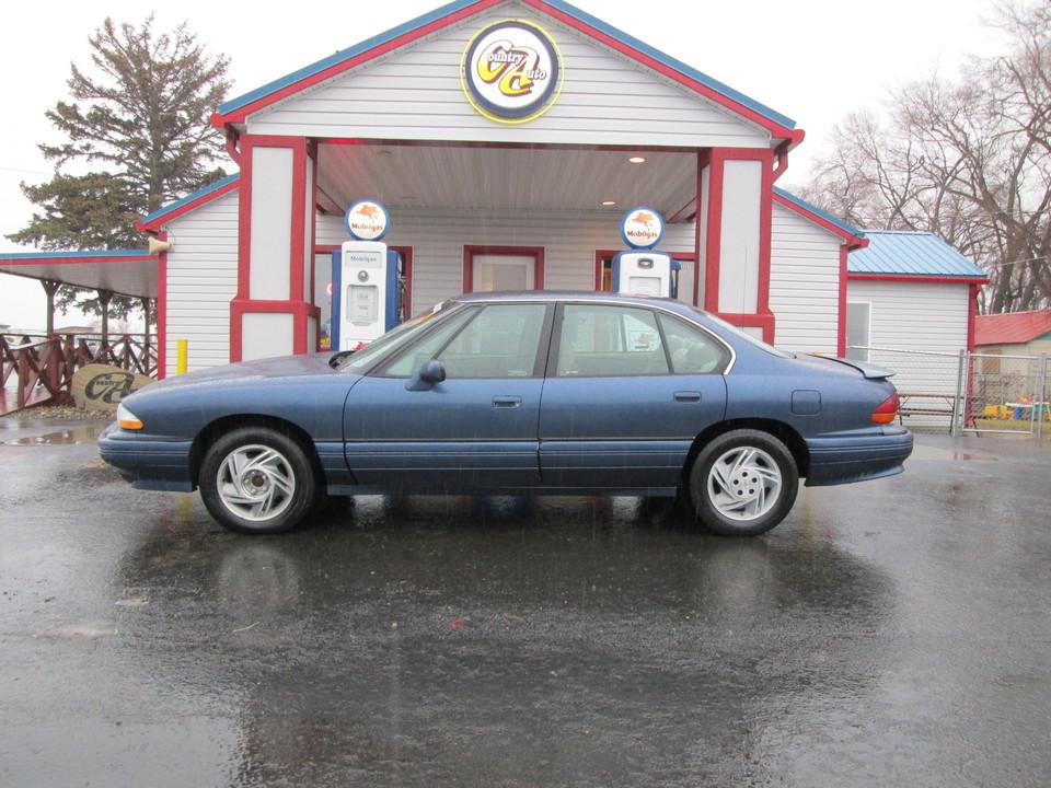 1995 Pontiac Bonneville  - Country Auto
