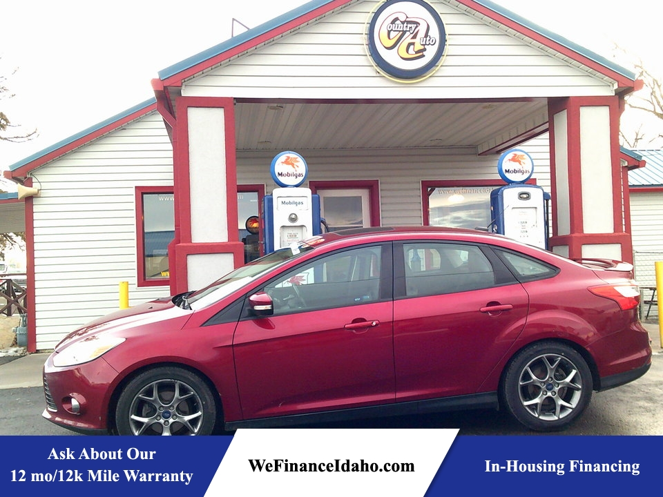 2014 Ford Focus SE  - 8404  - Country Auto