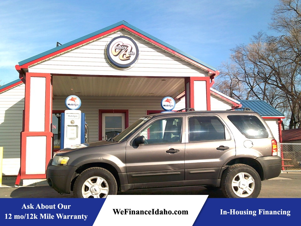 2005 Ford Escape XLS  - 8416B  - Country Auto