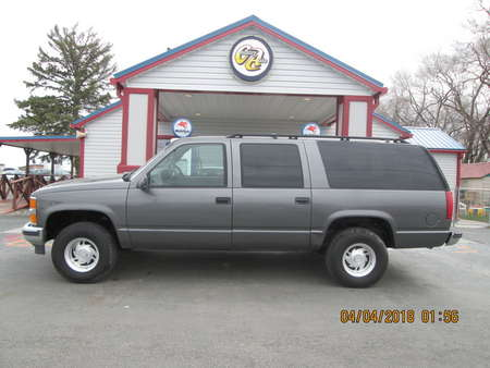 1999 Chevrolet Suburban  for Sale  - 7601  - Country Auto