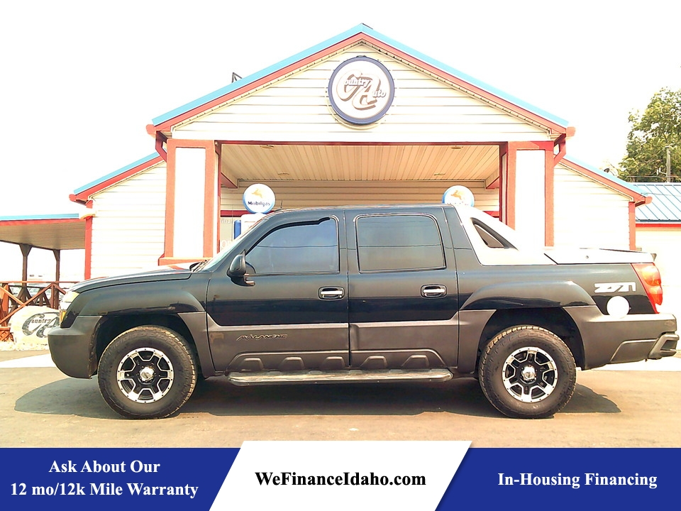 2004 Chevrolet Avalanche  - Country Auto
