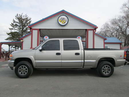 2001 GMC Sierra 1500HD SLE 4WD Crew Cab for Sale  - 8040  - Country Auto
