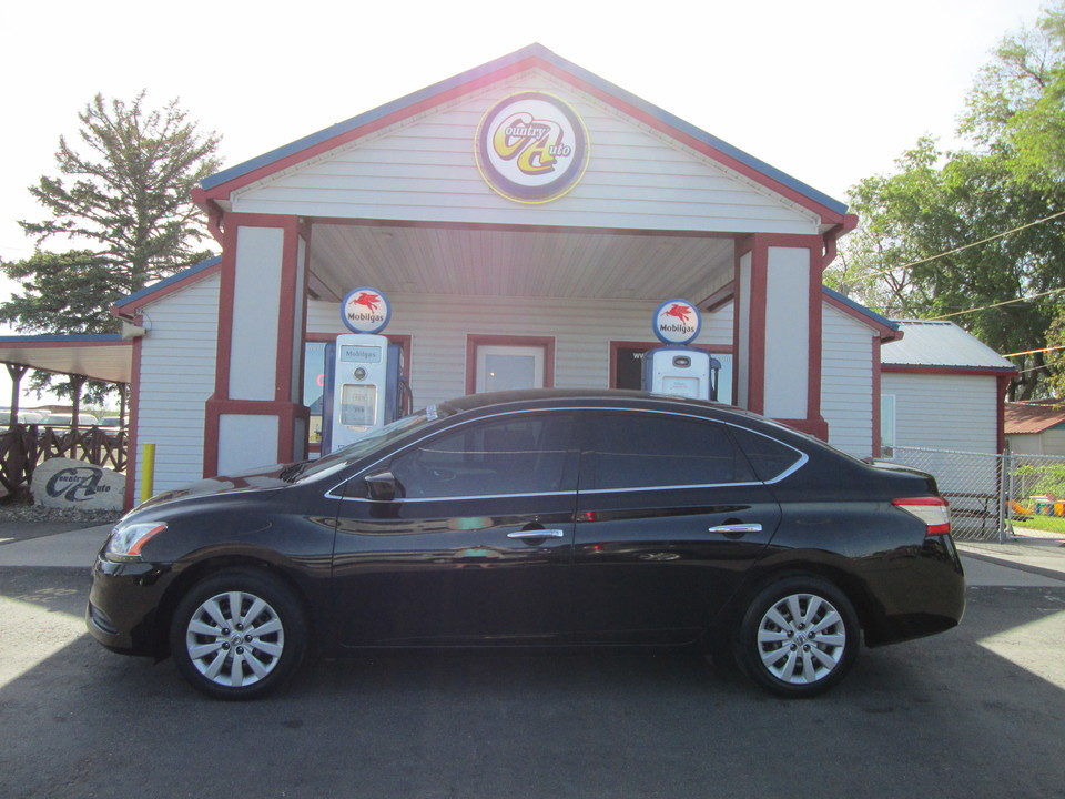 2014 Nissan Sentra  - Country Auto