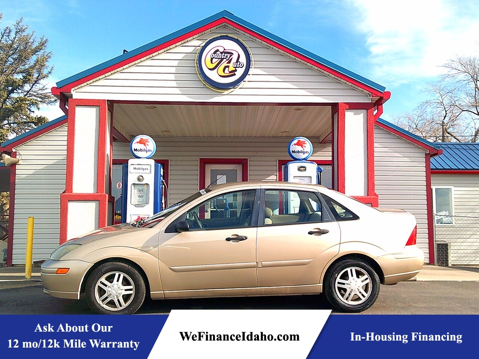 2002 Ford Focus SE  - 8745  - Country Auto