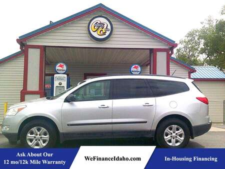 2010 Chevrolet Traverse LS AWD for Sale  - 9030  - Country Auto