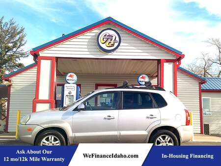2006 Hyundai Tucson 4WD for Sale  - 8766  - Country Auto