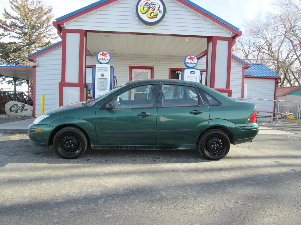 2000 Ford Focus  - Country Auto