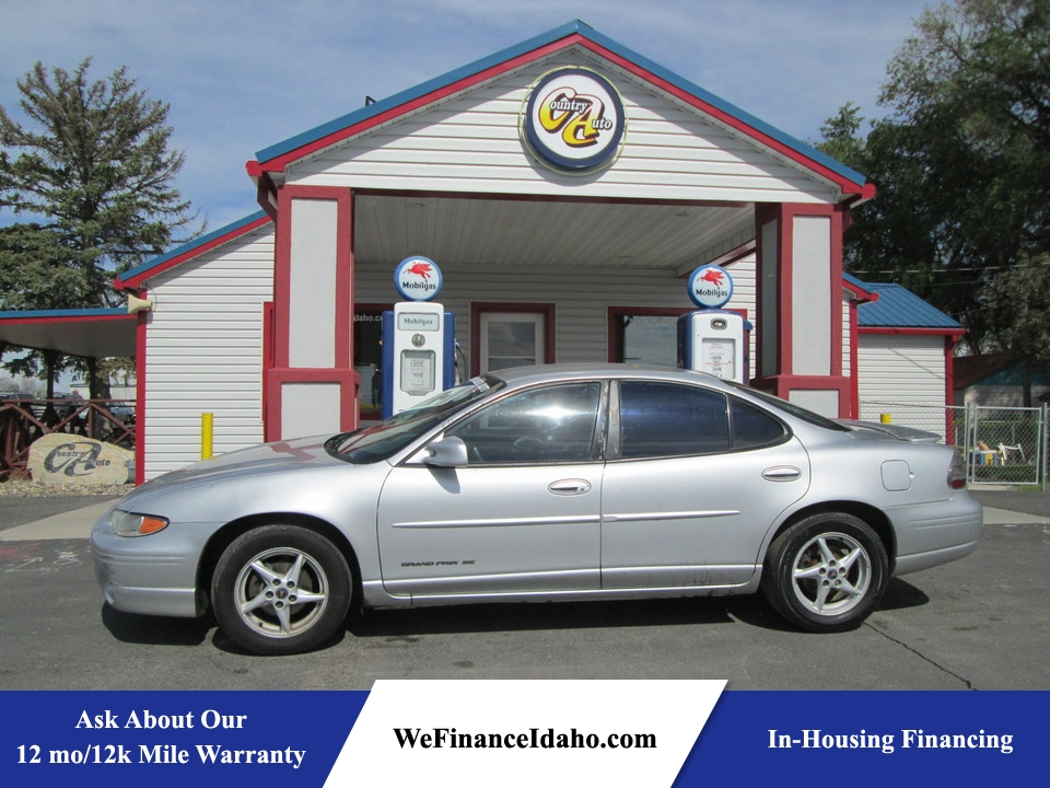 2002 Pontiac Grand Prix SE  - 8181  - Country Auto