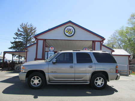 2003 GMC Yukon Denali AWD for Sale  - 8092  - Country Auto