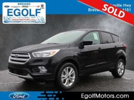 2019 Ford Escape SE 4WD for Sale  - 5089  - Egolf Motors