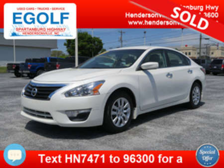 2015 Nissan Altima 2.5 S for Sale  - 7471  - Egolf Motors
